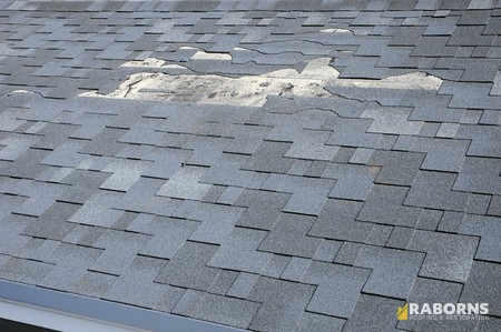 When You Should Call a Roofer for Roof Repair Services